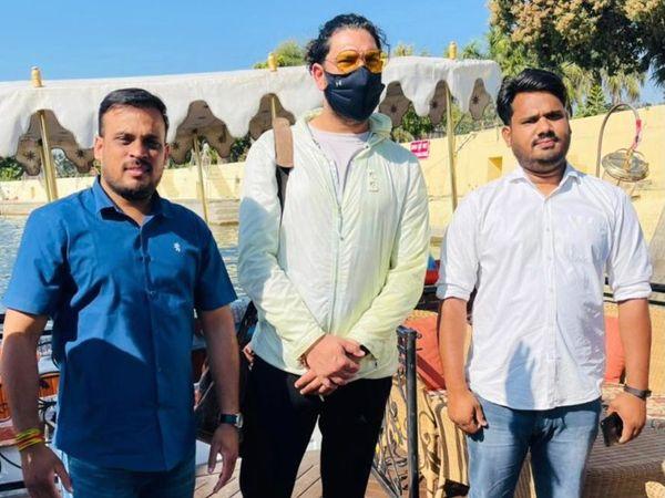 युवराज सिंह उदयपुर की पिछोला झील के बीच बनी लेक पैलेस में ठहरे हुए हैं। - Dainik Bhaskar