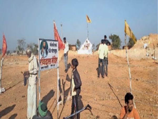 आरोपी ने नशे में गांव के बाहर स्थापित संत रविदास की प्रतिमा तोड़ दी - Dainik Bhaskar