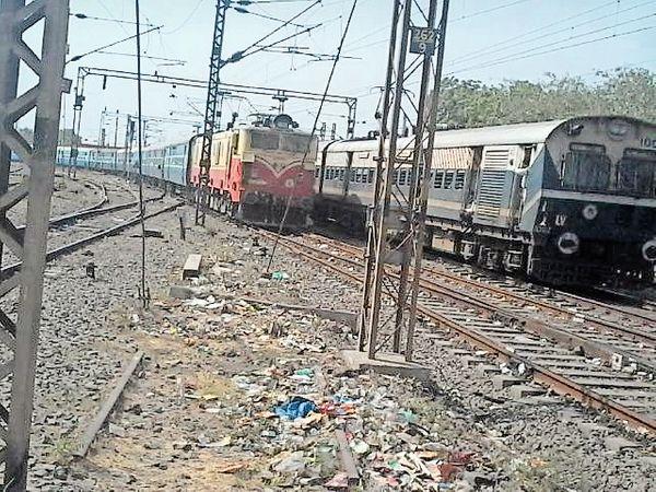 एक्सप्रेस बनने के बाद भी ये ट्रेन सभी स्टेशनों पर रुकेगी। - Dainik Bhaskar
