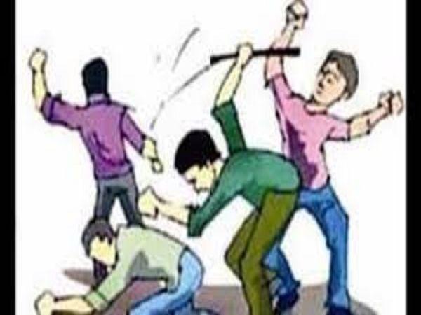 मतलौडा थाना पुलिस ने एक नामजद और तीन अज्ञात के खिलाफ केस दर्ज किया है। - Dainik Bhaskar