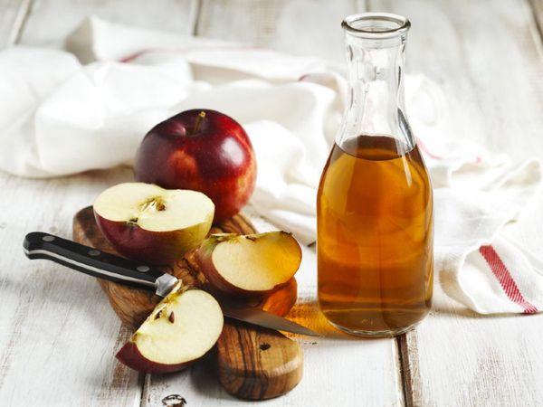 Apple vinegar reduces the risk of heart attack by lowering cholesterol,   हार्ट अटैक का खतरा घटाता है सेब का सिरका, यह वजन और ब्लड शुगर भी कंट्रोल करता है लेकिन अधिक मात्रा में इस्तेमाल न करें