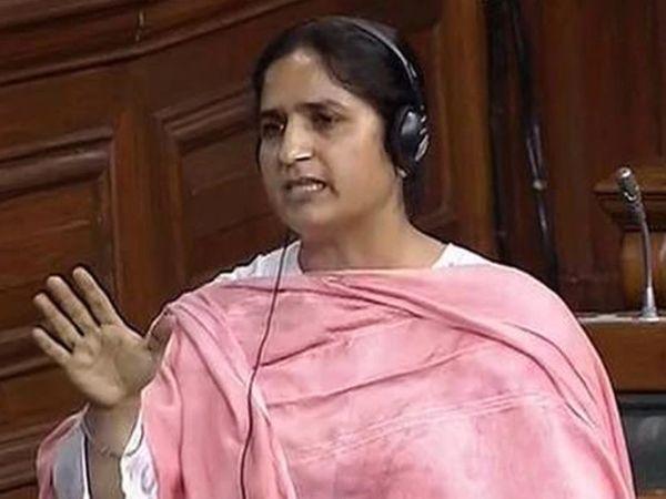सीनियर कांग्रेस लीडर और पूर्व लोकसभा सांसद रंजीत रंजन ने कहा कि कांग्रेस पार्टी की कमजोरी के लिए गांधी परिवार पर आरोप लगाना गलत है। (फाइल फोटो) - Dainik Bhaskar