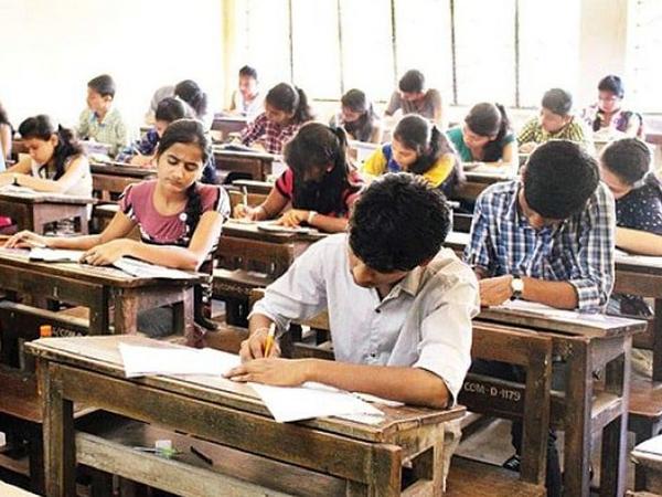 CBSE के बाद CICSE ने भी परीक्षा की तारीखों की घोषणा कर दी है।- फाइल फोटो - Dainik Bhaskar