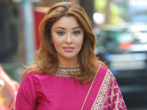 Special talk: Payal Ghosh appeared in 'Love Jihad' based music album, clarified, I am not against Muslim religion Funny Jokes