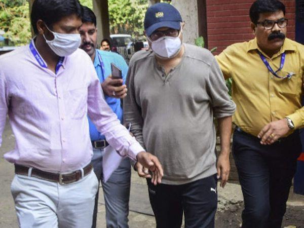 मुंबई पुलिस की क्राइम ब्रांच टीम ने दासगुप्ता को 24 दिसंबर को अरेस्ट किया था। - Dainik Bhaskar