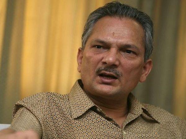 बाबूराम भट्टराई 2011 से 2013 तक नेपाल के प्रधानमंत्री रहे। वे इन दिनों नई दिल्ली में हेल्थ चेकअप के लिए आए हैं। (फाइल) - Dainik Bhaskar