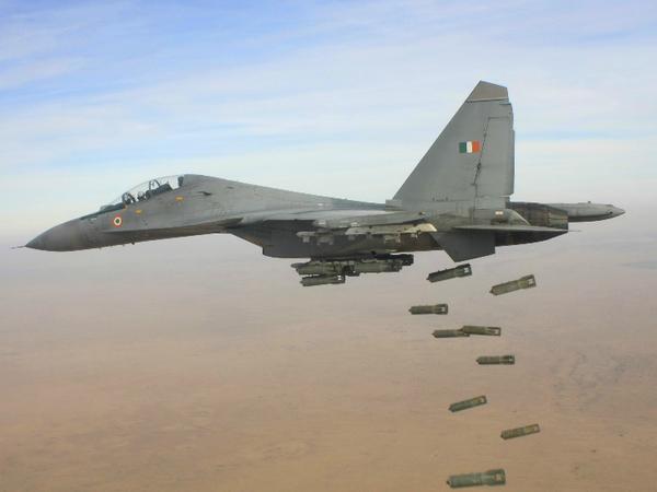 एक्सरसाइज में भारतीय वायुसेना के 6 सुखोई फाइटर जेट्स, 2 सी-17 ग्लोबमास्टर, एक IL-78 टैंकर सहित कुल 150 वायुसैनिक शामिल होंगे। - Dainik Bhaskar