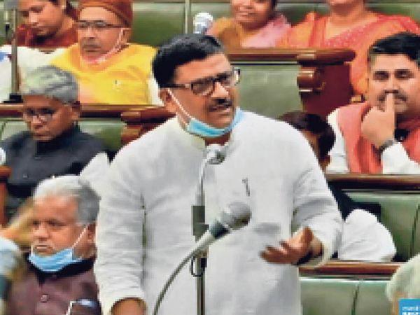 जल संसाधन मंत्री संजय कुमार झा। - Dainik Bhaskar