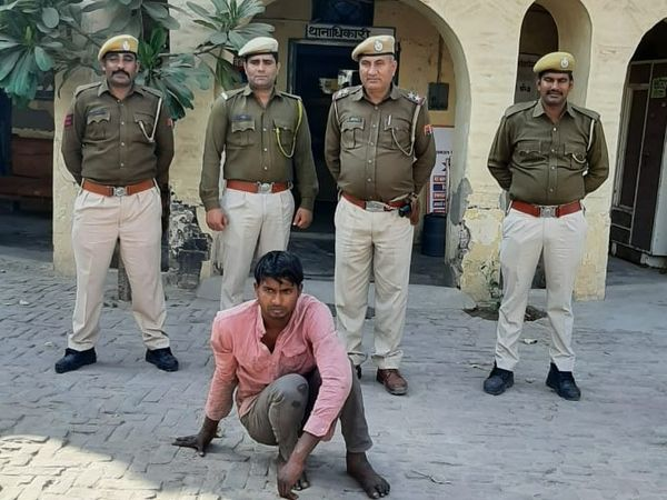 महिला पर हमला करने वाला आरोपी निरंजन उर्फ गधा। - Dainik Bhaskar