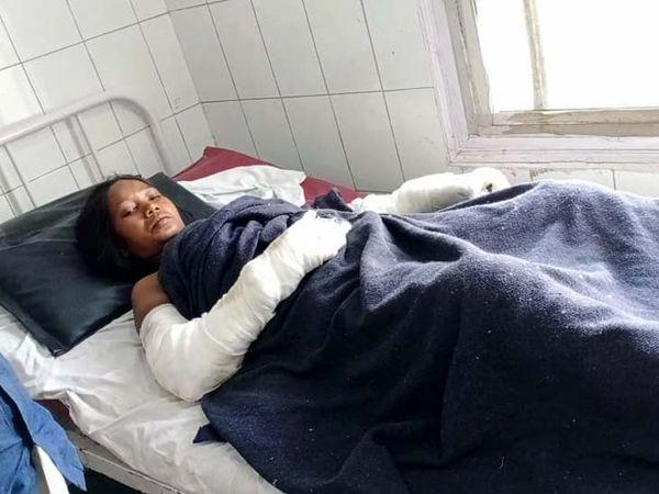 घटना के दिन सीता देवी को पहले एक निजी अस्पताल में भर्ती कराया गया था। - Dainik Bhaskar