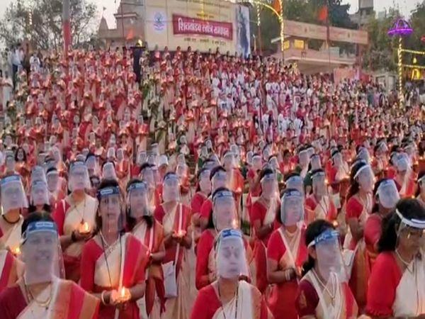 महाराष्ट्र, तमिलनाडु, गुजरात, कर्नाटक, उड़ीसा, राजस्थान समेत देश भर से महिलाएं आई हैं। - Dainik Bhaskar
