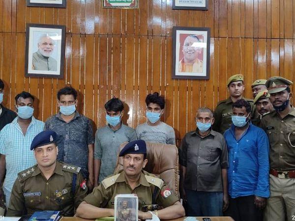 पुलिस ने आरोपियों से पूछताछ में अहम जानकारी जुटाई है। - Dainik Bhaskar