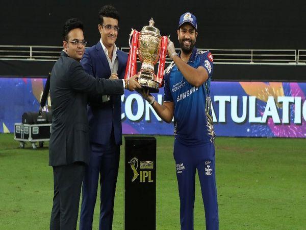 IPL-13 में मुंबई इंडियंस की टीम विजेता रही थी। मुंबई ने रिकॉर्ड पांचवीं बार खिताब जीता। - Dainik Bhaskar