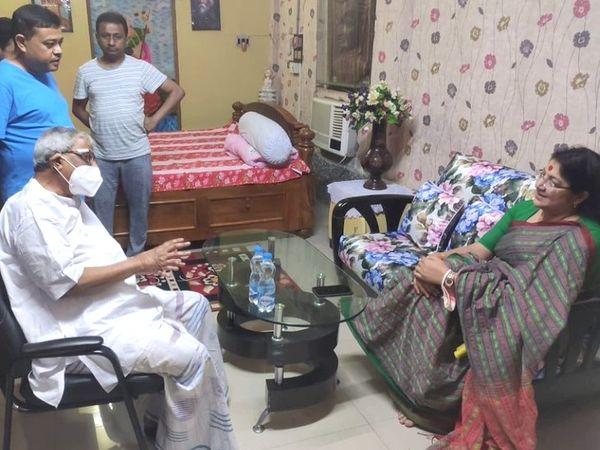 BJP MP from Bengal Lockett Chatterjee met Shubhendu Adhikari's father and TMC MP Shishir Adhikari at his house on Saturday.