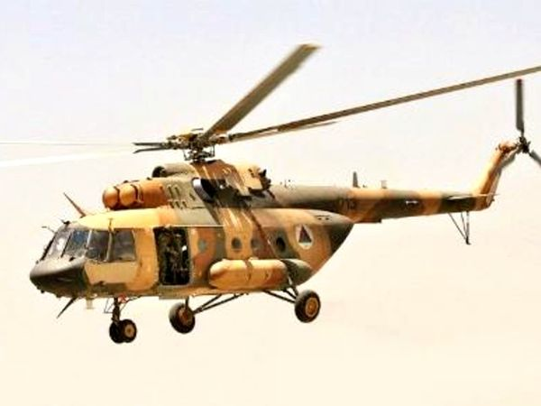 रक्षा मंत्रालय के मुताबिक मारे गए 9 लोगों में एक पायलट और 5 सुरक्षाबल के लोग शामिल हैं। - Dainik Bhaskar