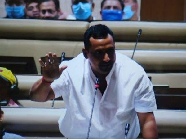 हेल्थ मिनिस्टर ने कहा कि गोड्डा नर्सिंग कॉलेज में राज्य सरकार अक्टूबर से पढ़ाई शुरू कर देगी। (फाइल) - Dainik Bhaskar