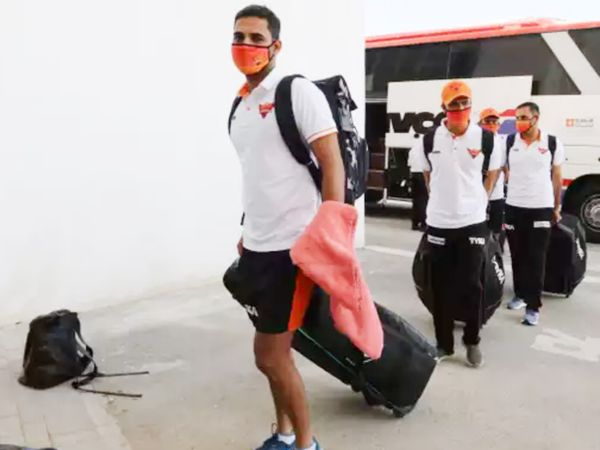 सनराइजर्स हैदराबाद की टीम (फाइल फोटो)