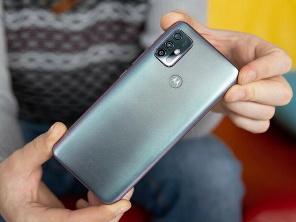 मोटो G60 स्मार्टफोन के 108-मेगापिक्सल रियर कैमरे और 120Hz रिफ्रेश रेट वाले 6.78-इंच फुल एचडी प्लस डिस्प्ले के साथ आने की उम्मीद है। (डेमो इमेज) - Money Bhaskar