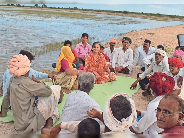 By the time the fate of 570 villages has changed, the lives of 7 lakh people have become easier.  - Dainik Bhaskar