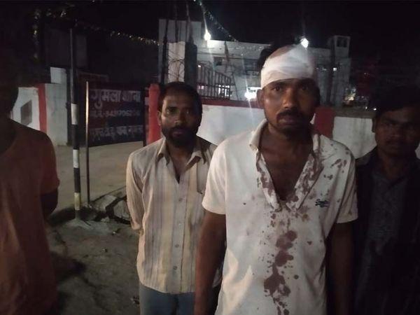 मजदूर दंपती पिटाई के मामले को लेकर देर शाम एसपी हृदीप पी जनार्दनन से मिलने उनके कार्यालय पहुंचे। - Dainik Bhaskar