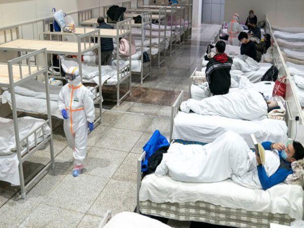 नागपुर मेडिकल कॉलेज में मंगलवार को 900 बेड थे, जो बुधवार को सिर्फ 600 बचे। गुरुवार को इनकी संख्या 490 ही रह गई। - Dainik Bhaskar