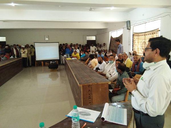 वाराणसी के 30 गांव इस प्रोजेक्ट से प्रभावित होंगे। - Dainik Bhaskar