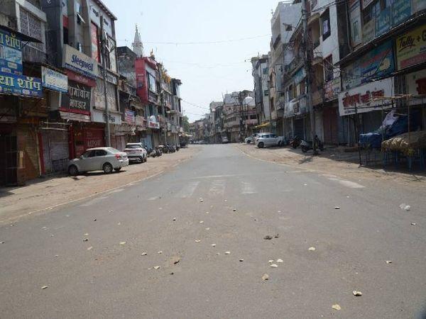 गंजीपुरा में रविवार दोपहर की तस्वीर।