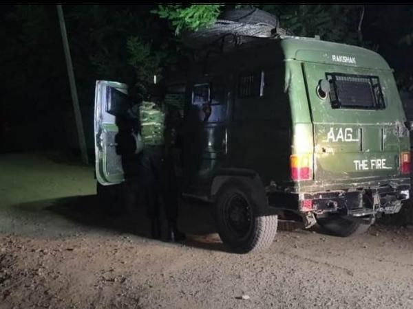 गोलीबारी अभी भी जारी है। इससे अंदेशा जताया जा रहा है कि अभी भी कुछ आतंकी घिरे हुए हैं।-फाइल फोटो - Dainik Bhaskar