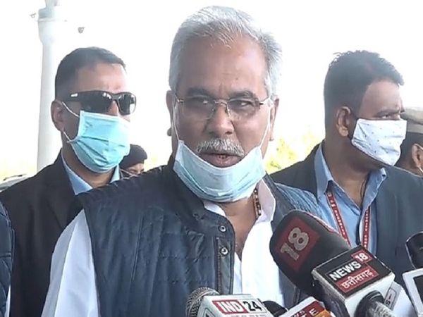 मुख्यमंत्री भूपेश बघेल असम और पश्चिम बंगाल चुनाव में कांग्रेस के स्टार प्रचारक भी हैं। वे पिछले एक पखवाड़े से चुनाव प्रचार में व्यस्त हैं। - Dainik Bhaskar