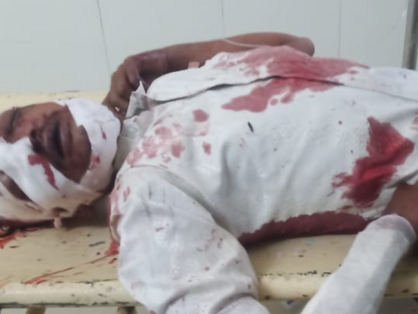सड़क हादसे का शिकार युवक को उपचार के लिए अस्पताल लाया गया था। - Dainik Bhaskar