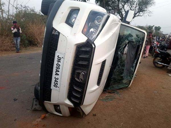 कसमार का बगदा गांव घटना के बाद पूरी तरह से पुलिस छावनी में तब्दील हो गया। - Dainik Bhaskar