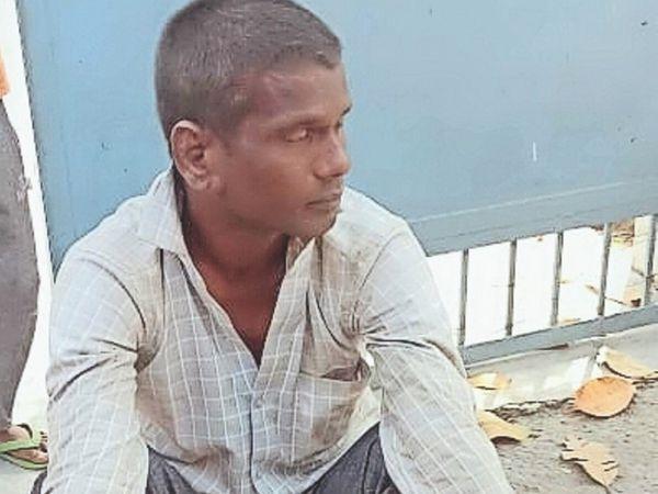 पानीपत. रेलवे काॅलाेनी में बच्चे के अपहरण का अाराेपी राकेश रजक। - Dainik Bhaskar