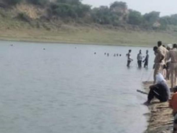 चंबल नदी का दृश्य। - Dainik Bhaskar