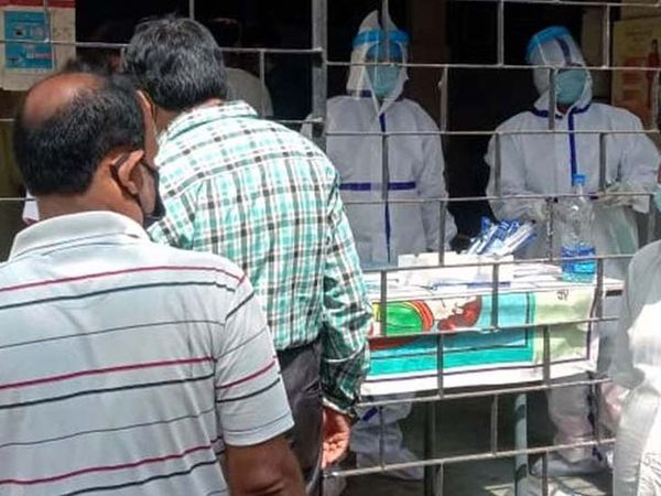 अब पूरे राज्य में कोरोना पॉजिटिव मरीजों की संख्या 1,22,935 हो गई है। (फाइल) - Dainik Bhaskar