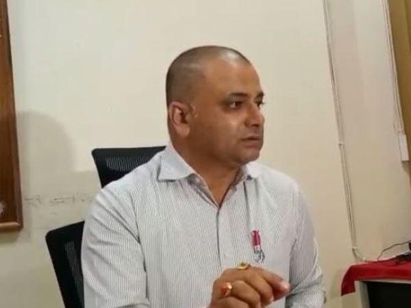 सरकार ने भोपाल के सहायक आबकारी आयुक्त संजीव दुबे को हटाकर ग्वालियर मुख्यालय में पदस्थ कर दिया है। - Dainik Bhaskar