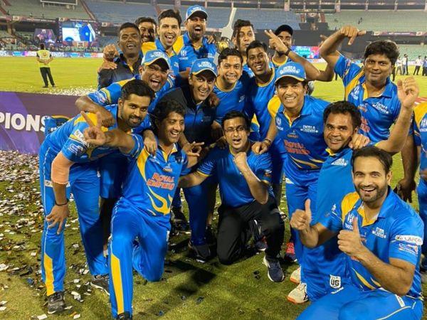 छत्तीसगढ़ के रायपुर में हुई रोड सेफ्टी वर्ल्ड सीरीज में इंडिया लीजेंड्स ने खिताब जीता था। इस टूर्नामेंट में 7 देशों के 93 खिलाड़ियों ने हिस्सा लिया था। - Dainik Bhaskar