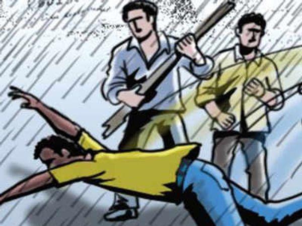 पुलिस ने आरोपियों के खिलाफ केस दर्ज कर उनकी गिरफ्तारी के लिए रेड शुरू कर दी है। - प्रतीकात्मक फोटो - Dainik Bhaskar