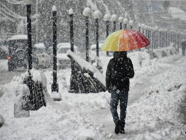 पश्चिमी विक्षोभ की सक्रियता से हिमपात हुआ तो मौसम में ठंडक होने की संभावना हो सकती है। - Dainik Bhaskar