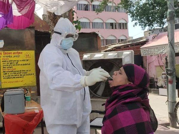 अस्पतालों पर फिर दबाव, 90 दिन बाद एक्टिव रोगी 8 हजार पार - Dainik Bhaskar