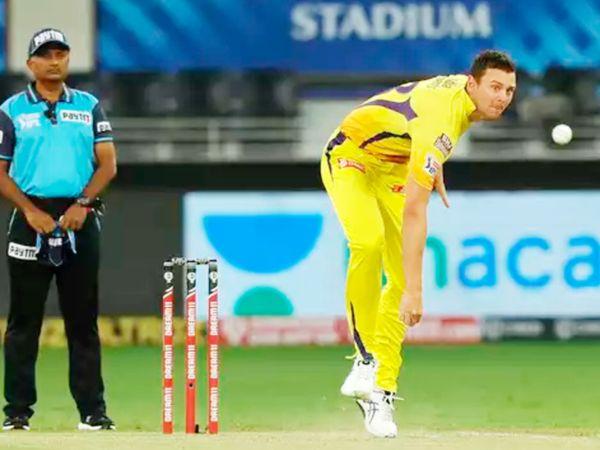 हेजलवुड अब तक IPL में मुंबई इंडियंस और चेन्नई सुपर किंग्स फ्रेंचाइजी से जुड़ चुके हैं। पिछले सीजन में वे चेन्नई से खेले थे। इस दौरान उन्होंने 3 मैच में एक विकेट लिया था। - Dainik Bhaskar