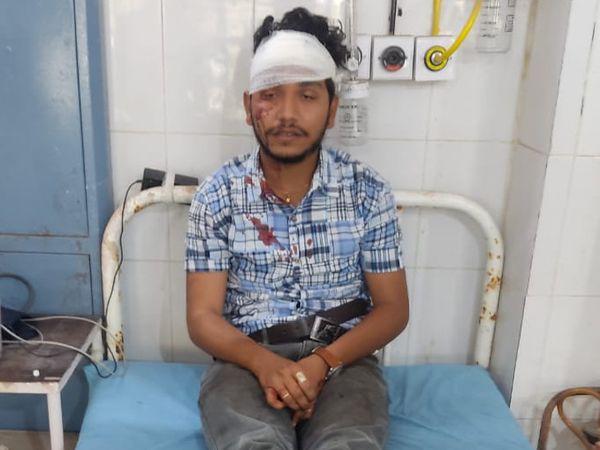 घायल लोन ऑफिसर रॉबिन सिंह हाडा।