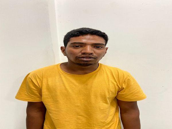 महाराष्ट्र नव निर्माण सेना के नेता जमील अहमद शेख की हत्या के मुख्य हत्यारोपी शूटर इरफान को लखनऊ के विभूतिखण्ड इलाके से गिरफ्तार कर लिया है। - Dainik Bhaskar