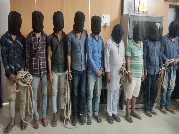सुपौल में रविवार को विभिन्न हत्याकांडों में गिरफ्तार अपराधी। - Dainik Bhaskar
