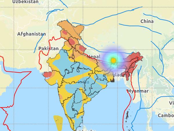 भूकंप का केंद्र सिक्किम की राजधानी गंगटोक से 25 किमी पूर्व और उत्तर पूर्व की तरफ जमीन में 10 किलोमीटर की गहराई पर था। - Dainik Bhaskar