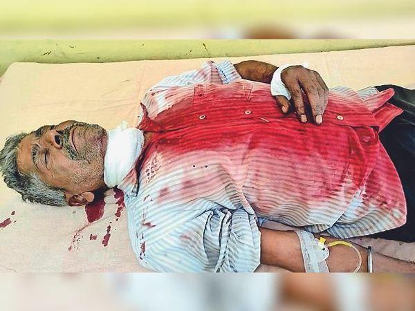 भूना | हमले में घायल चालक कृष्ण - Dainik Bhaskar