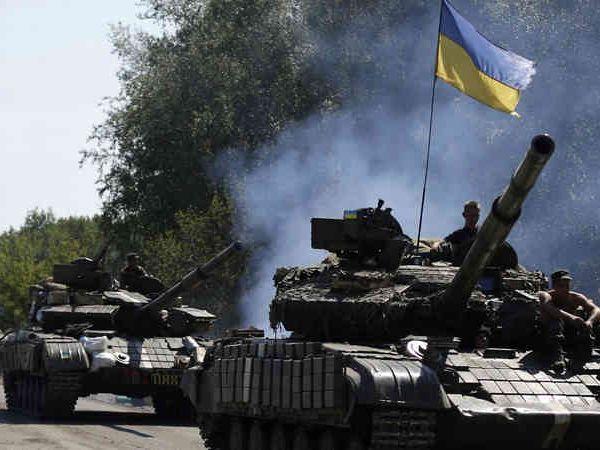रूस ने हाल ही में विवादित सीमा पर अपने 4,000 सैनिकों को भेजा है। - Dainik Bhaskar