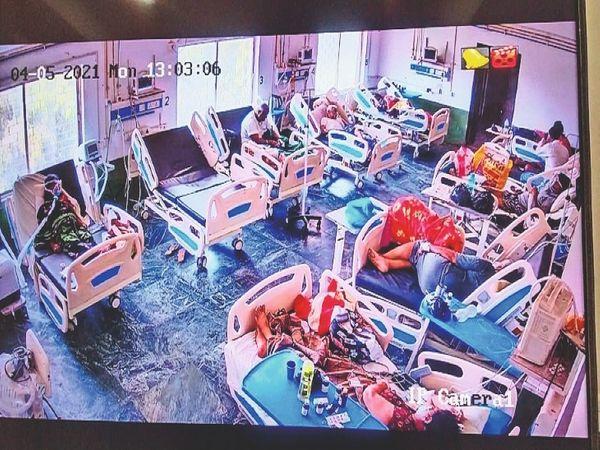 100 बिस्तर के कोविड अस्पताल में हर दिन बढ़ रहे मरीज। पूरा आईसीयू फुल, 25 बेड और बढ़ाने की तैयारी।