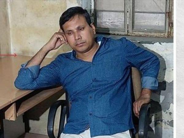 सरकार ने विधानसभा में आरपीएस कैलाश बोहरा को बर्खास्त करने की घोषणा के चार दिन बाद कंपलसरी रिटायर करने के आदेश जारी किए थे। (फाइल फोटो) - Dainik Bhaskar