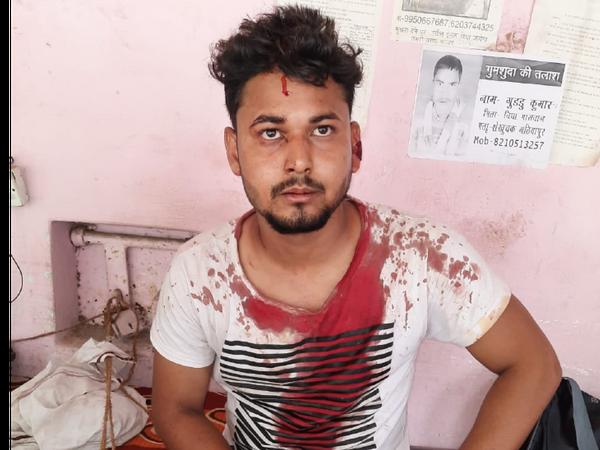 पूर्व के विवाद में बदमाशों ने युवक को पीटा। - Dainik Bhaskar