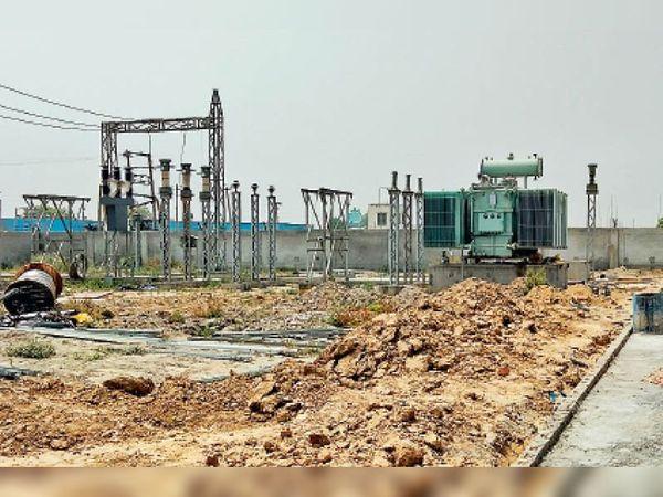 पॉवर हाउस निर्माण का चल रहा काम। - Dainik Bhaskar